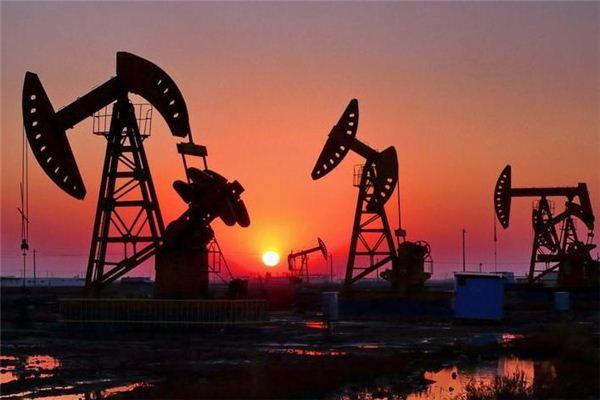 梦见石油:石油滚滚,财运亨通