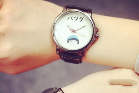 梦见老公送我情侣手表_周公解梦梦到老公送我情侣手表是什么意思_做梦梦见老公送我情侣手表好不好