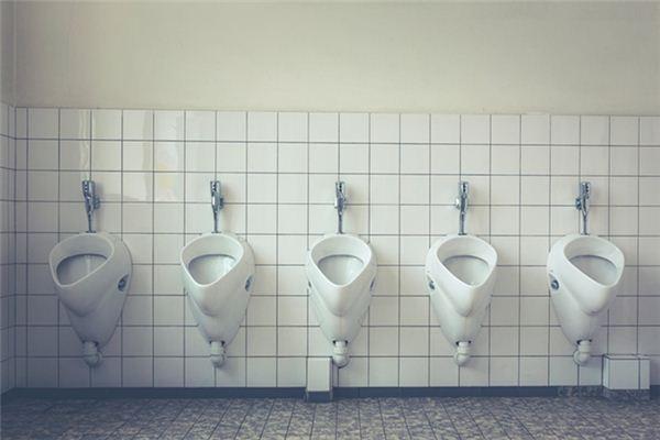 梦见尿尿_周公解梦梦到尿尿是什么意思_做梦梦见尿尿好不好