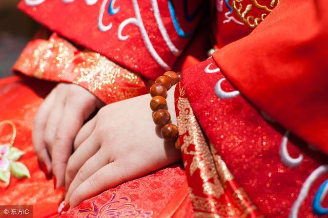 相法学习——你知道婚姻线看左手还是右手吗