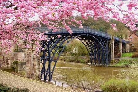 梦见过桥是什么意思 它是好运的征兆吗